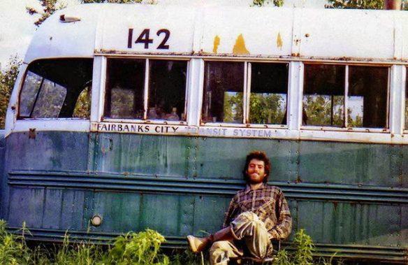 Na-Natureza-Selvagem-Christopher-Bus